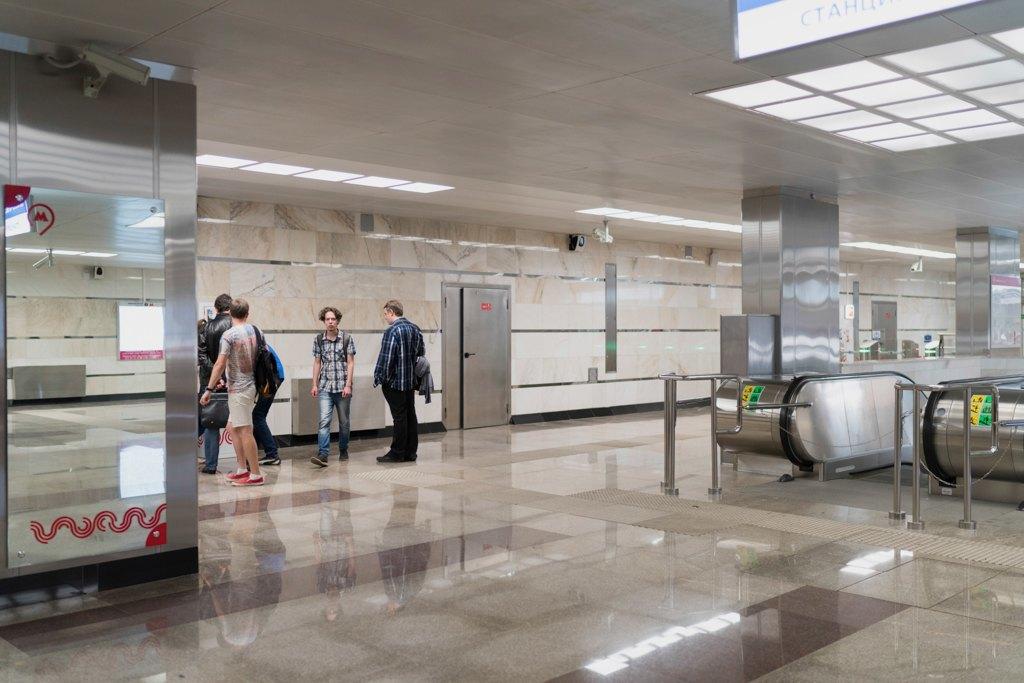Зонтпэкер изарядка для гаджетов—как устроена станция метро «Котельники». Изображение № 36.