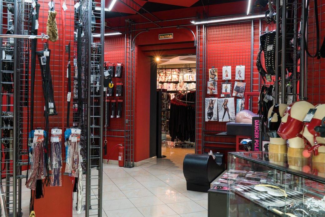 Лучшие секс-шопы Москвы: Куда идти за боа в перьях, стеками иновыми впечатлениями. Изображение № 34.