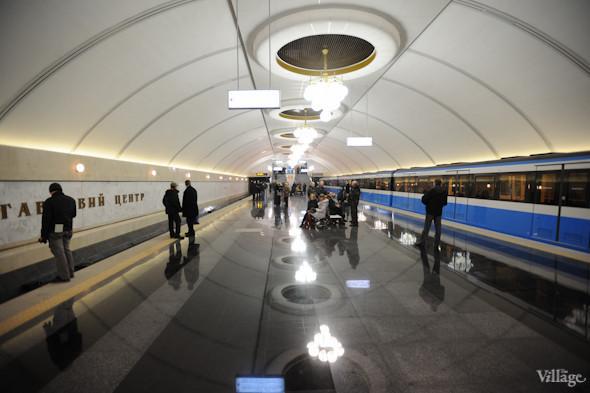 Фоторепортаж: В Киеве открылась новая станция метро. Зображення № 10.