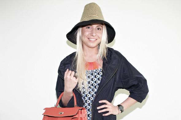 На Веронике — боди, парка и шляпка Marni at H&M. Изображение № 8.