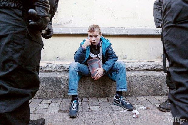 Фото дня: Кто закидывает камнями Апраксин двор. Изображение № 7.