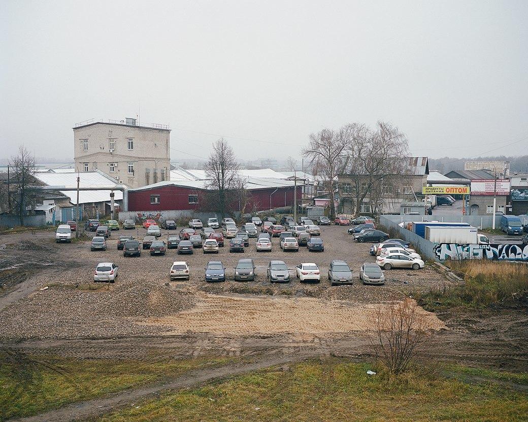 Фотограф Максим Шер — отом, изчего состоит постсоветский город. Изображение № 8.