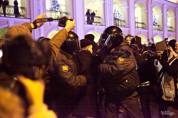 6 декабря у Гостиного Двора прошел очередной митинг. Изображение № 4.