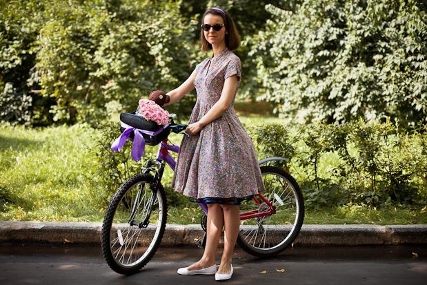 Люди в городе: Участницы парада «Леди на велосипеде». Изображение № 28.