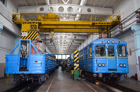 Фоторепортаж: Новые экскурсии по киевскому метро. Зображення № 12.