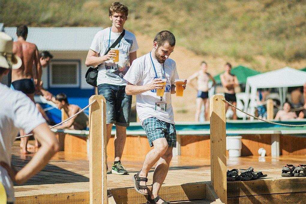 О чём говорят стартаперы: Диалогироссийских программистов на пляже. Изображение № 9.