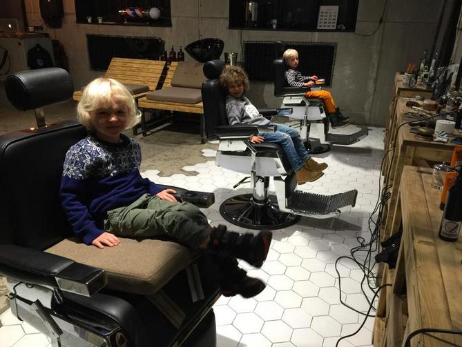 В One Door Community Левицкого открылась парикмахерская Barberherman. Изображение № 1.