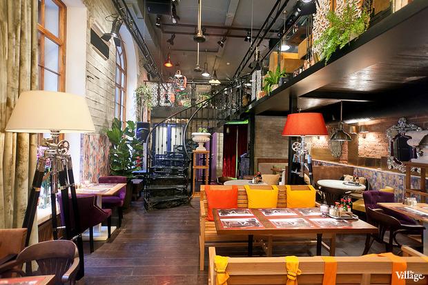 В Доме Мертенса открылся ресторан-кондитерская Bengel & Zaek. Изображение № 2.