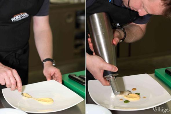 Omnivore Food Festival: Бенжамен Турсель готовит яйца конфи с копчёным чаем и сливами умебоши. Изображение № 8.