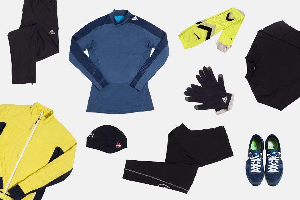 Второй — для сухой и не слишком холодной погоды: нижний слой adidas, средний и верхний Reebok, тайтсы, кроссовки и носки Nike, брюки и перчатки adidas, шапка Reebok.. Изображение № 3.