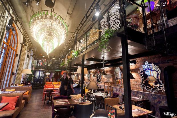 В Доме Мертенса открылся ресторан-кондитерская Bengel & Zaek. Изображение № 6.