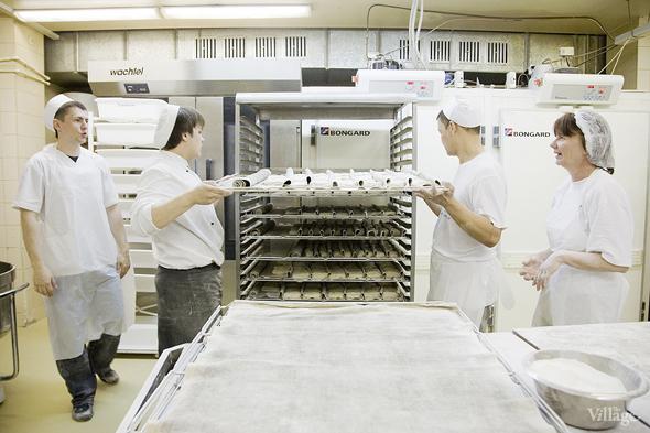 Фоторепортаж с кухни: Как пекут хлеб в «Волконском». Изображение № 17.
