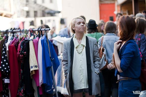 Фоторепортаж: Люди, покупки и опасные отходы на Garage Sale. Изображение № 35.