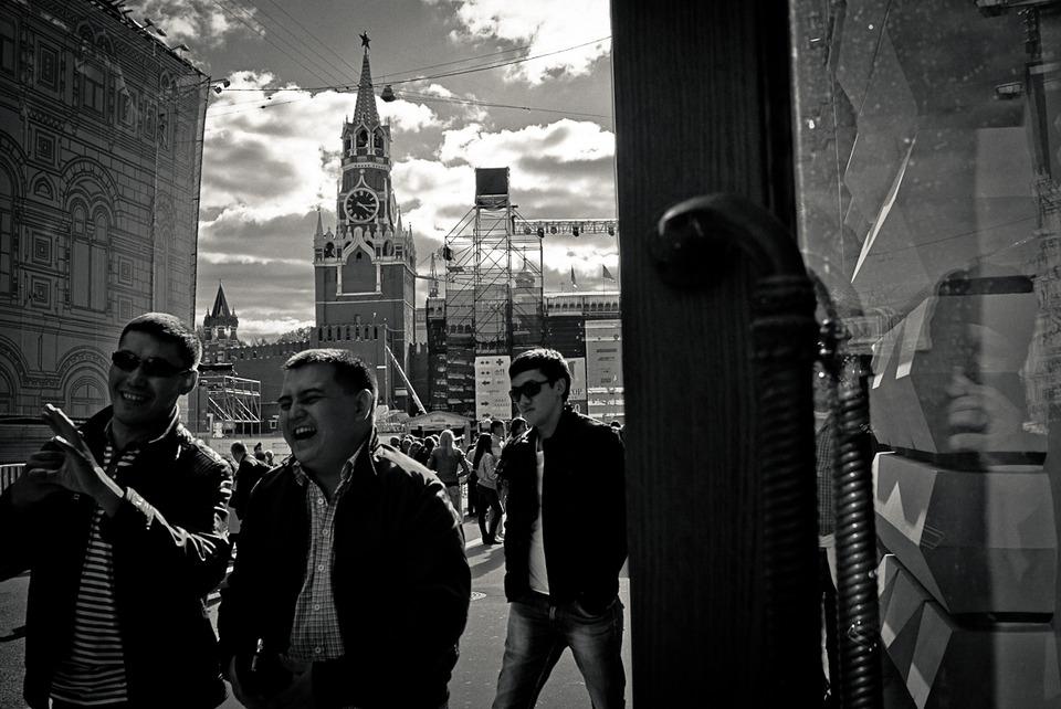 Камера наблюдения: Москва глазами Сергея Мостовщикова. Изображение №14.
