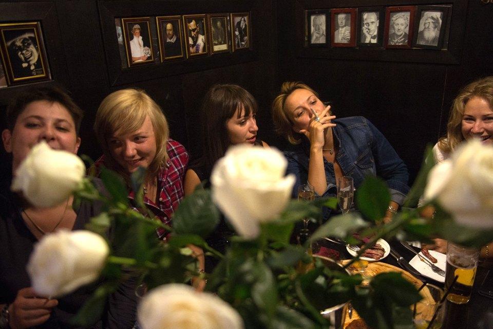 Последний день курения в клубах, ресторанах ибарах. Изображение № 16.