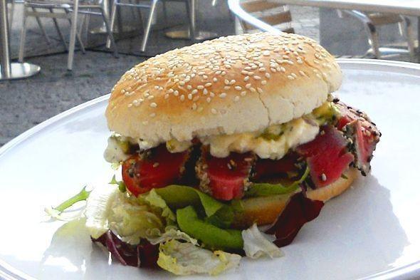 Бургер — 520 рублей. Изображение № 3.