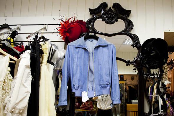 Гид по секонд-хендам и винтажным магазинам: 11 мест в Москве. Изображение № 137.