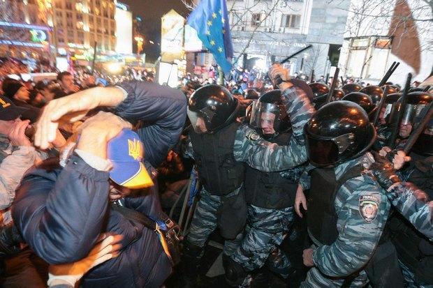 Работа со вспышкой: Фотографы — о съёмке на «Евромайдане». Изображение № 6.