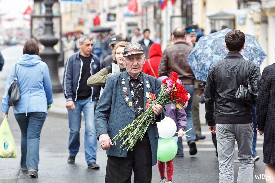 Фоторепортаж: День Победы в Петербурге. Изображение № 3.