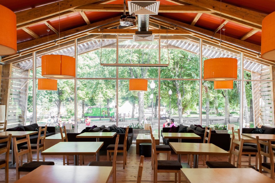 Еда в парке Горького: 33кафе, ресторана икиоска. Изображение № 3.