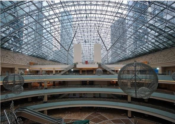 Изображение 3. Один из крупнейших торговых центров откроется в марте.. Изображение № 2.