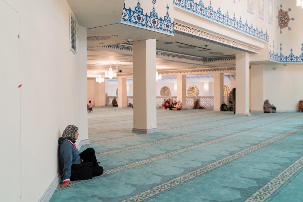 80-метровые минареты иместо для 10тысяч верующих — как выглядит Московская Соборная мечеть. Изображение № 12.