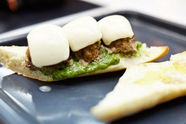 Шеф дома: Смэш-бургер и хиро-сэндвич Федора Тардатьяна. Изображение №58.