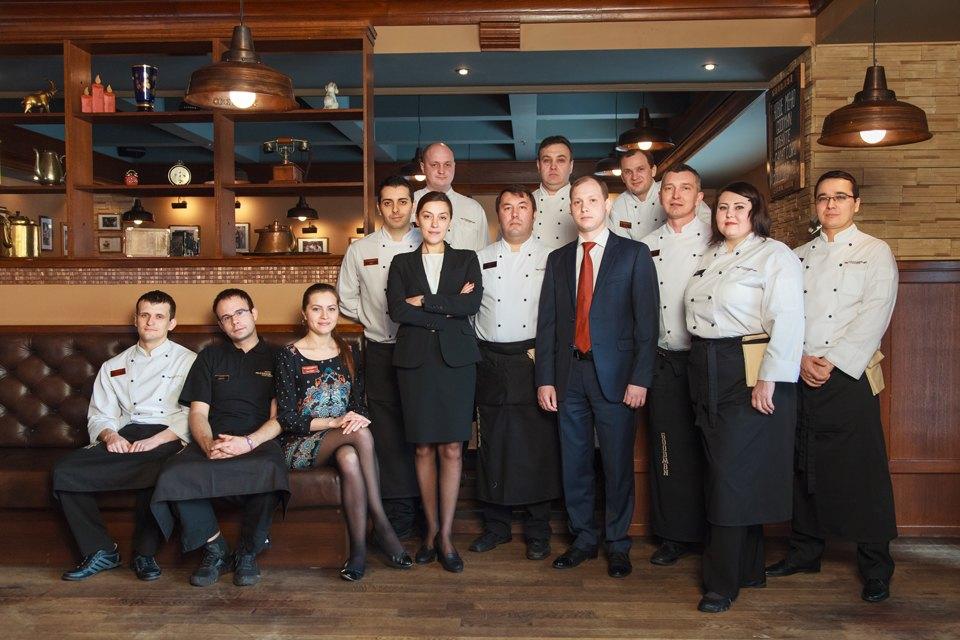 Первые лица: Как подбирают официантов вGoodman. Изображение №1.