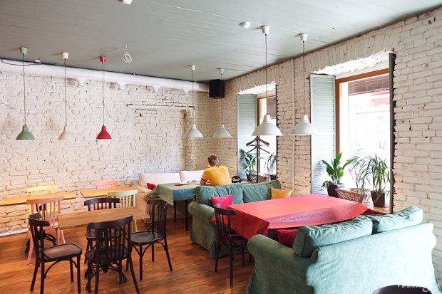 Новое место: Второе вегетарианское кафе «Рада и К». Изображение № 1.