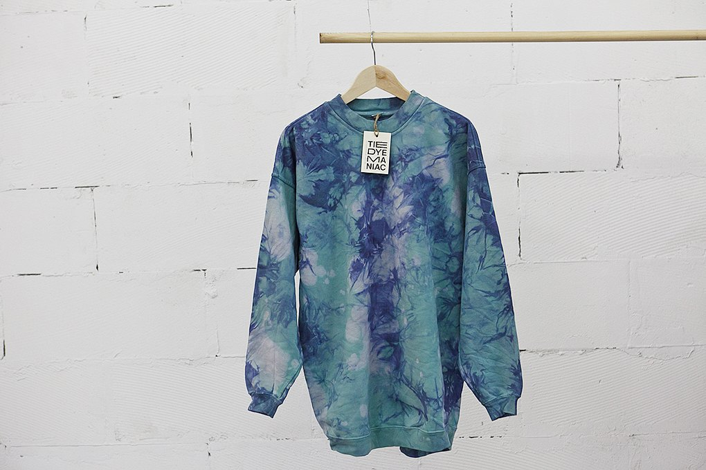 Окрашено: Как Tie-Dye Maniac делают бизнес настарой одежде. Изображение № 2.