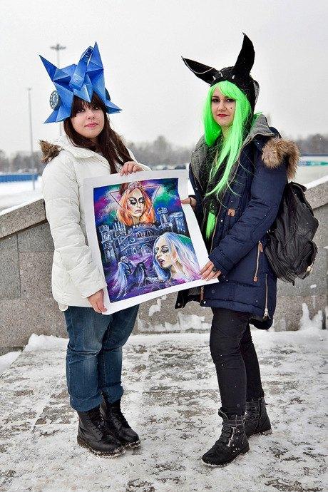 Люди в городе: Посетители концерта Lady Gaga в Москве и Петербурге. Изображение № 29.