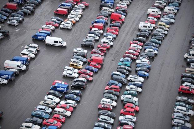 Как у них: Жители 5 столиц оплатных парковках. Изображение № 1.