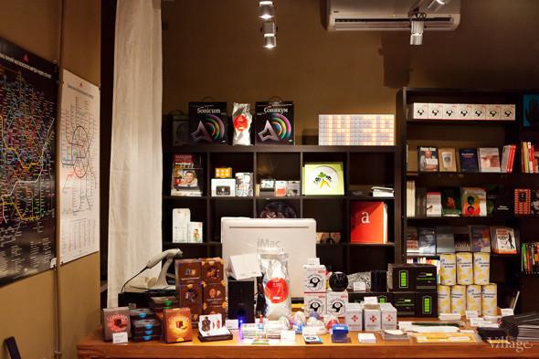 В Петербурге открылся магазин Артемия Лебедева. Изображение № 3.