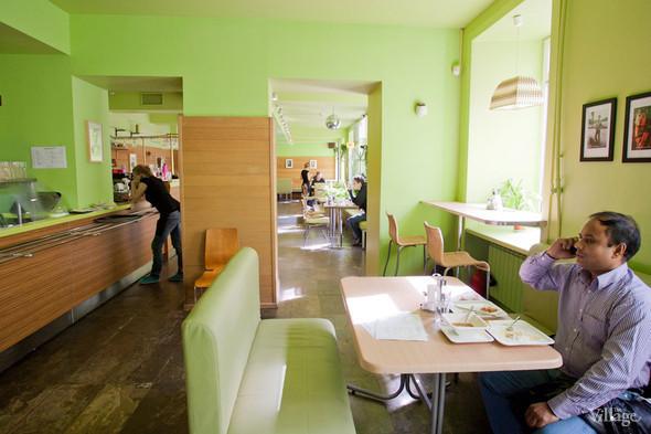 В Петербурге открылось вегетарианское кафе. Изображение № 4.