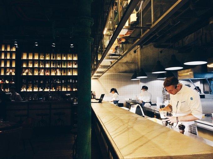 Ресторан Андрея Деллоса «Фаренгейт», второе кафе «Одесса-мама, ресторан болгарской кухни Red Pepper. Изображение № 3.