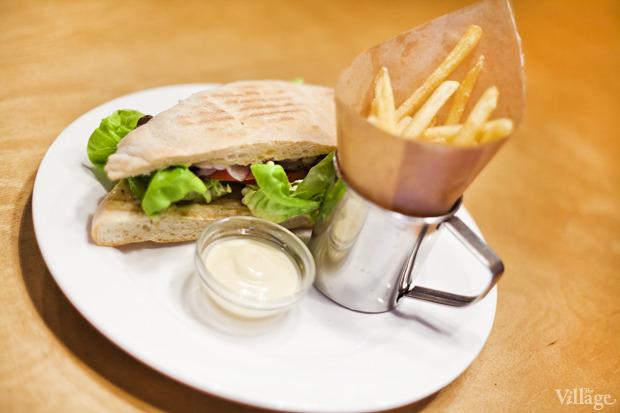 Фирменный сэндвич с ростбифом — 48 гривен. Изображение № 35.
