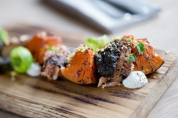 Закуска изкопчёного лосося вдатском стиле. Изображение № 2.
