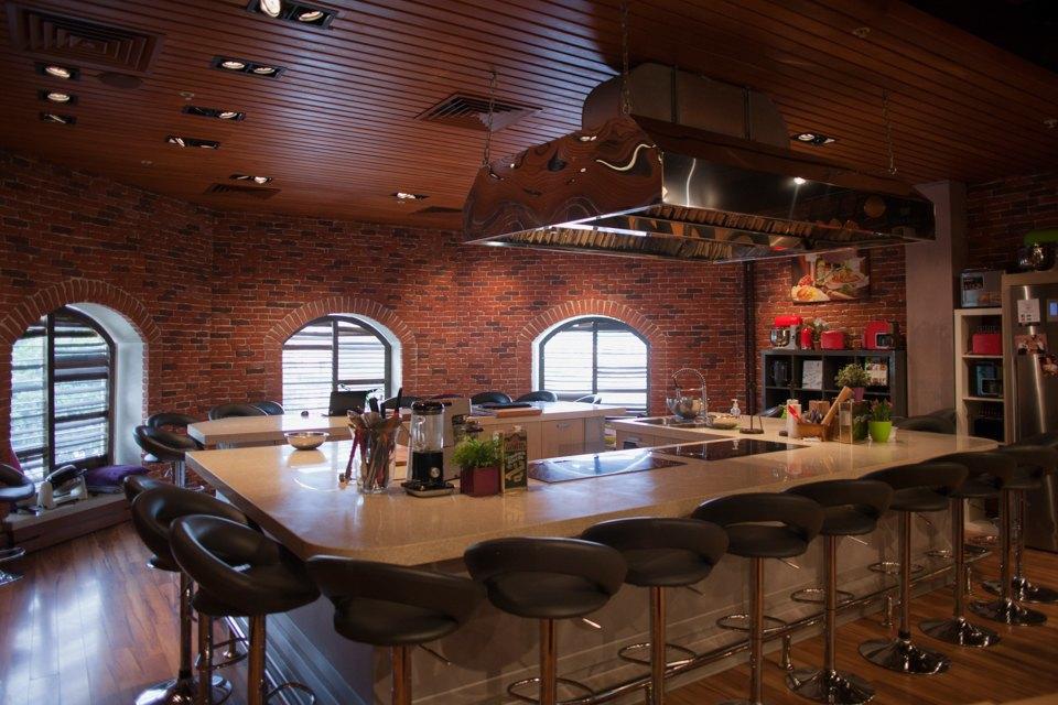Как создать самую крупную кулинарную студию в Европе. Изображение № 2.