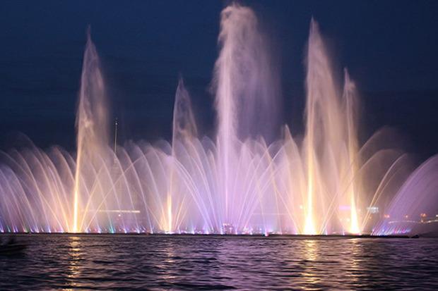 На Неву вернут плавучий фонтан. Изображение № 1.