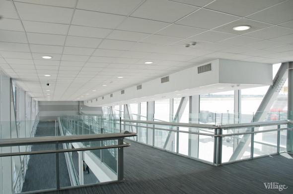 Фоторепортаж: В аэропорту Борисполь открыли самый большой на Украине терминал. Зображення № 27.
