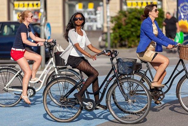 Автор Cycle Chic— одевушках, детях иполитиках навелосипедах. Изображение №15.