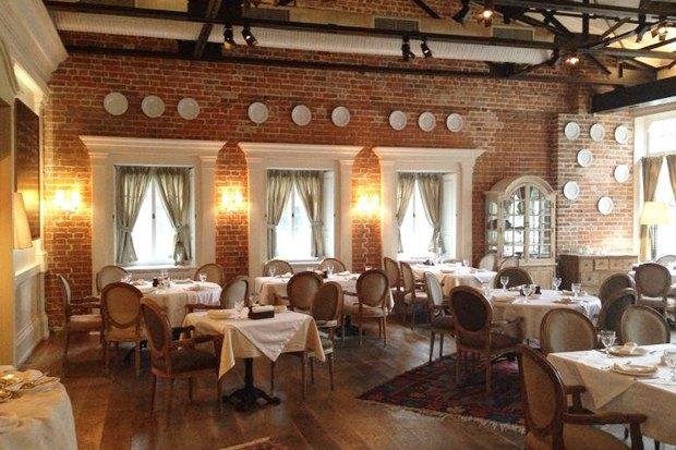 Открытия недели: Винный ресторан Primitivo, грузинское кафе «Дарбази» и «Жан-Жак» в Крылатском. Изображение № 6.