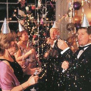 Новый год во Львове: Батяры, магия и танцы на барной стойке. Зображення № 5.
