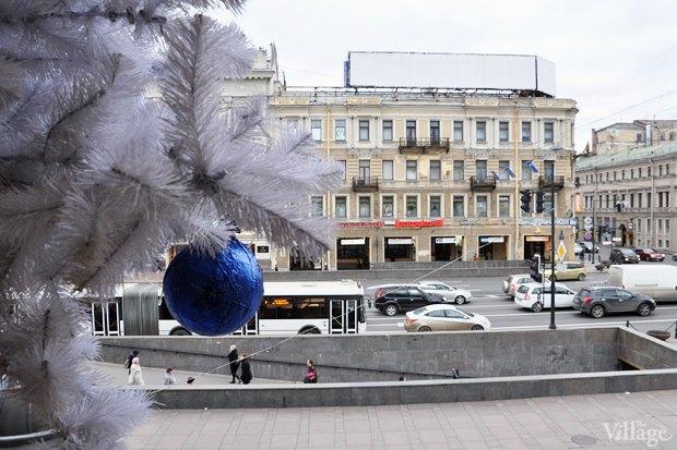 Фото дня: Петербург начали украшать к Новому году . Изображение № 5.