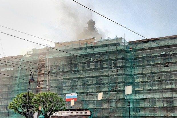 Фото дня: Пожар в Технологическом институте. Изображение № 1.