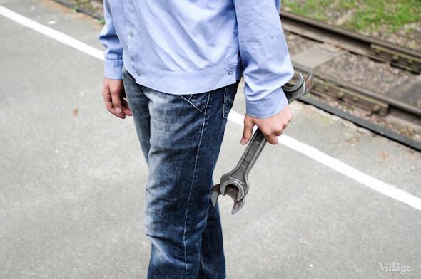В распоряжении юных железнодорожников — те же инструменты, что и у взрослых.. Изображение № 6.