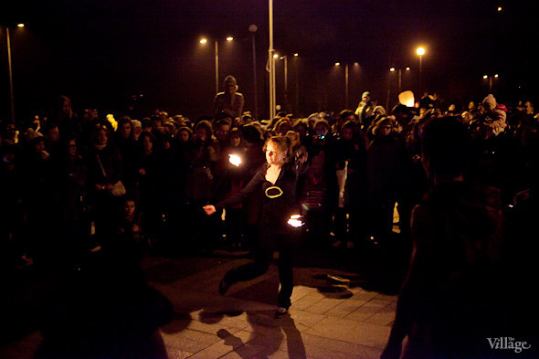 Фоторепортаж: Флешмоб с китайскими фонариками. Изображение № 22.