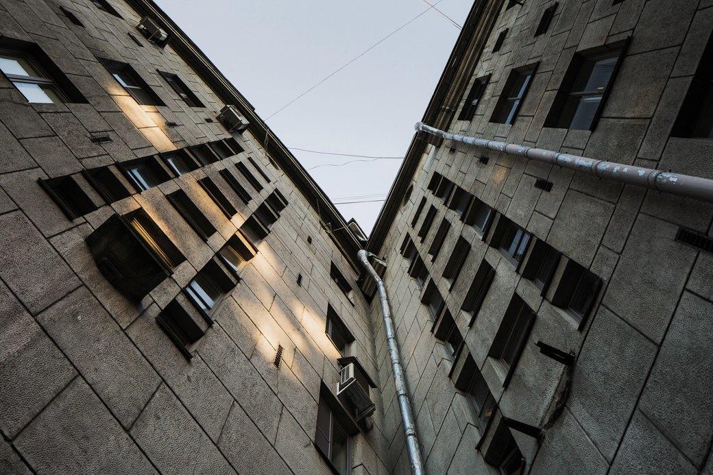 Яживу вдоме Ленсовета наКарповке (Петербург). Изображение № 9.