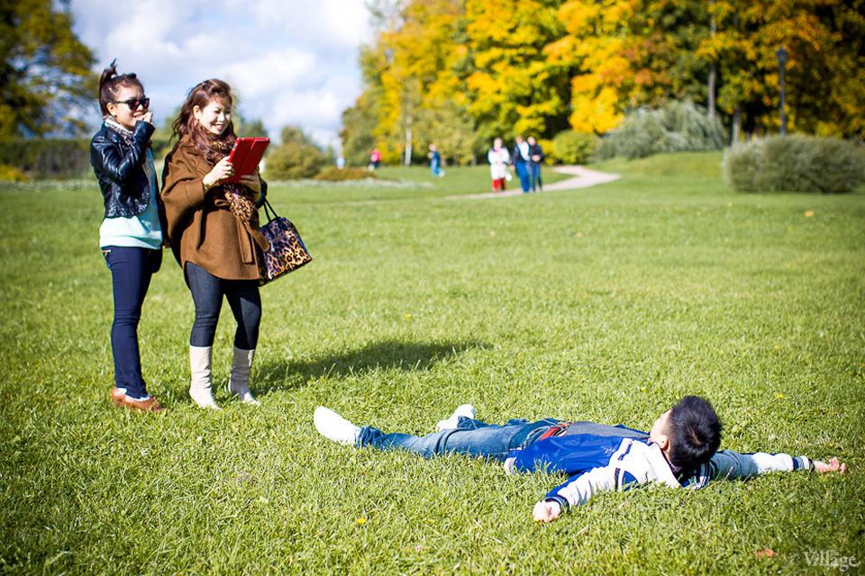 Люди в городе: Любительские фотосессии в парке. Изображение №8.