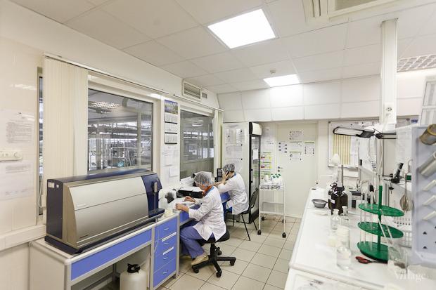 В лаборатории работают около 40 человек. Изображение № 64.
